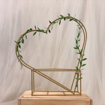 Heart Leaf Cage